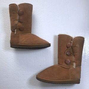 UGG Sz 8 Bailey Button II Triplet Chestnut Boots